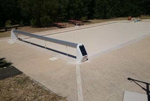 volet roulant de piscine hors sol solaire pour couverture de piscines