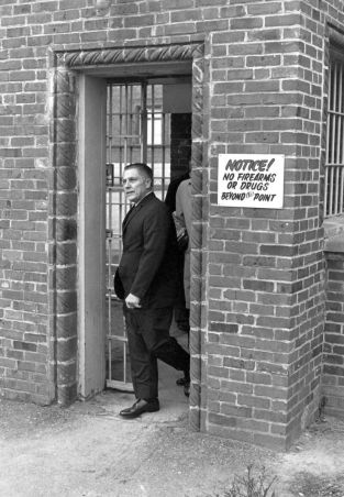 Former Teamster's President James Hoffa leaves the Lewisberg, Penn., penitentiary on Dec. 23, 1971, after having his sentence commuted by Nixon.