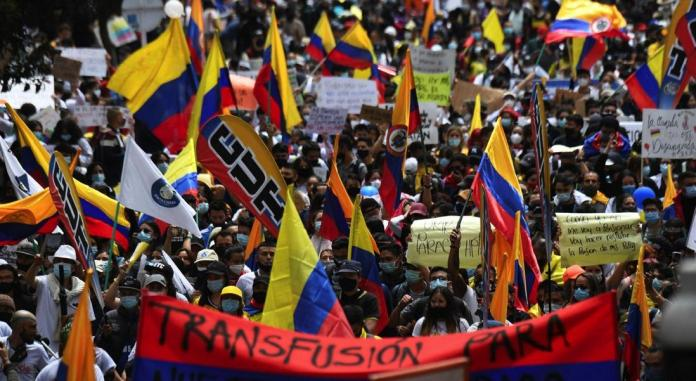 Colombia protests intensify with at least 24 dead | Financial Times