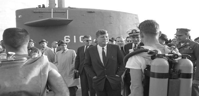 April 13, 1962   JFK and SEAL Team 2 in Norfolk - The Virginian-Pilot