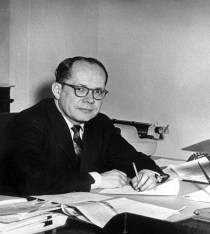 Fred Dutton - Wikipedia