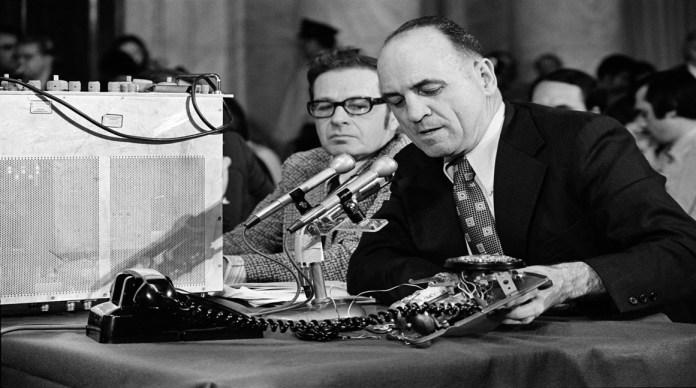 James W. McCord Jr., quien dirigió el robo de Watergate, murió a los 93 años - The New York Times