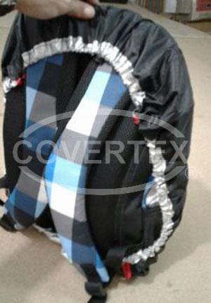 funda-cubre-mochila-impermeable-04