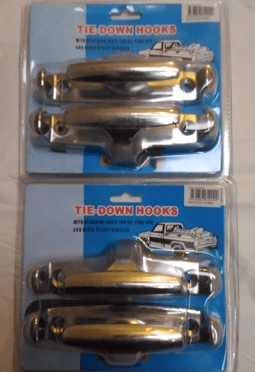 cornamusa-cromada-de-metal-x-2-unidades-gancho-para-caja-de-camioneta-03