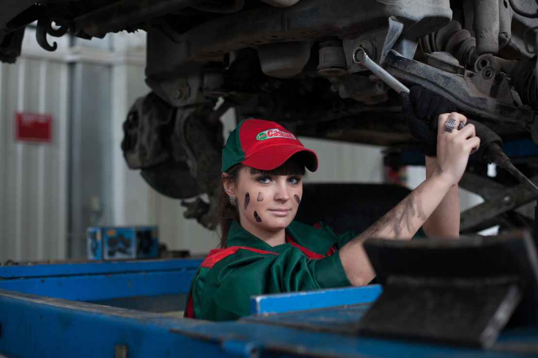 The Government of Ontario invests in the training of students and job seekers within the auto and advanced manufacturing sectors