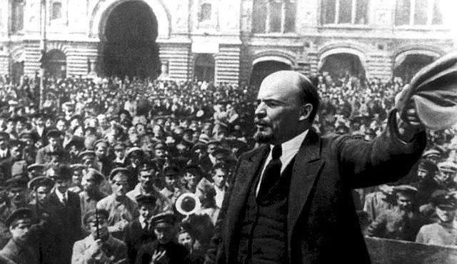Reflexiones en torno al Centenario de la Revolución rusa (II): Lenin, guerra y revolución – Por Eloy Torres
