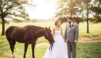 cowgirl weddings with horses