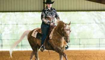 Cowgirl - Western Dressage