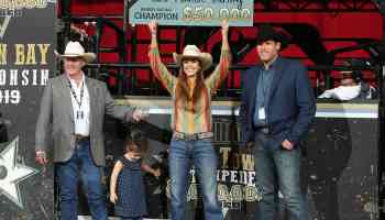 michelle darling breakaway roping titletown stampede cowgirl magazine