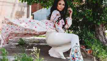 cowgirl magazine flares flared jeans