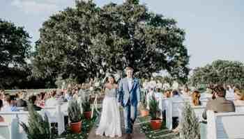 Flying V ranch Decatur tx cowgirl magazine wedding venue weddings bride bridal