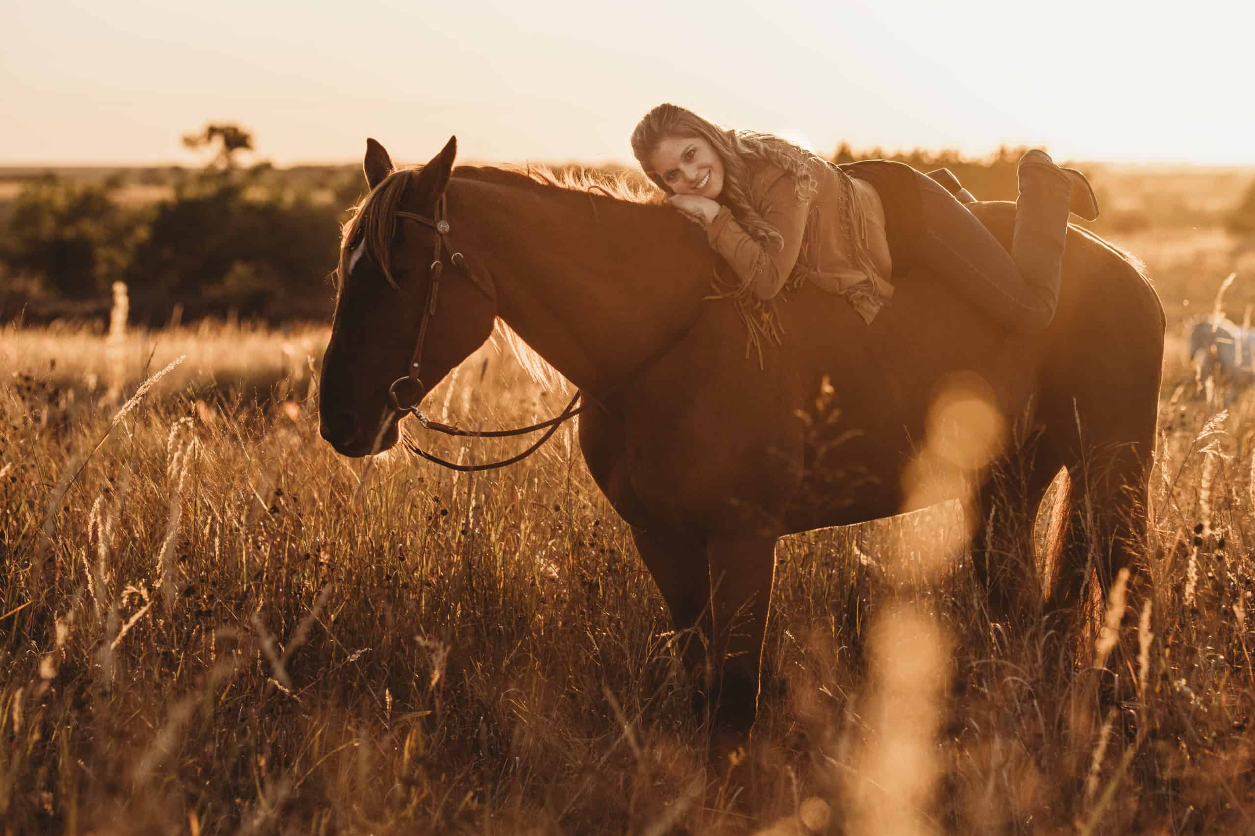 missi george rescue horse goodbye photoshoot annie kat photography cowgirl magazine