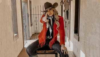 crimson - red hot crimson - Blaze Taylor - NFR - Fashion - Cowgirl Magazine - Cowgirl