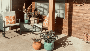 cowgirl-magazine-front-porch