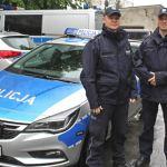 Policjanci z Komisariatu Policji VII w Krakowie uratowali życie przechodniowi