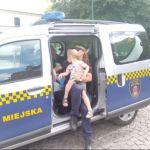Roztrzęsiony malec biegał wśród turystów i szukał pomocy