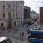 Interwencja straży pożarnej. Zatrzymanie tramwajów na Placu Wszystkich Świętych