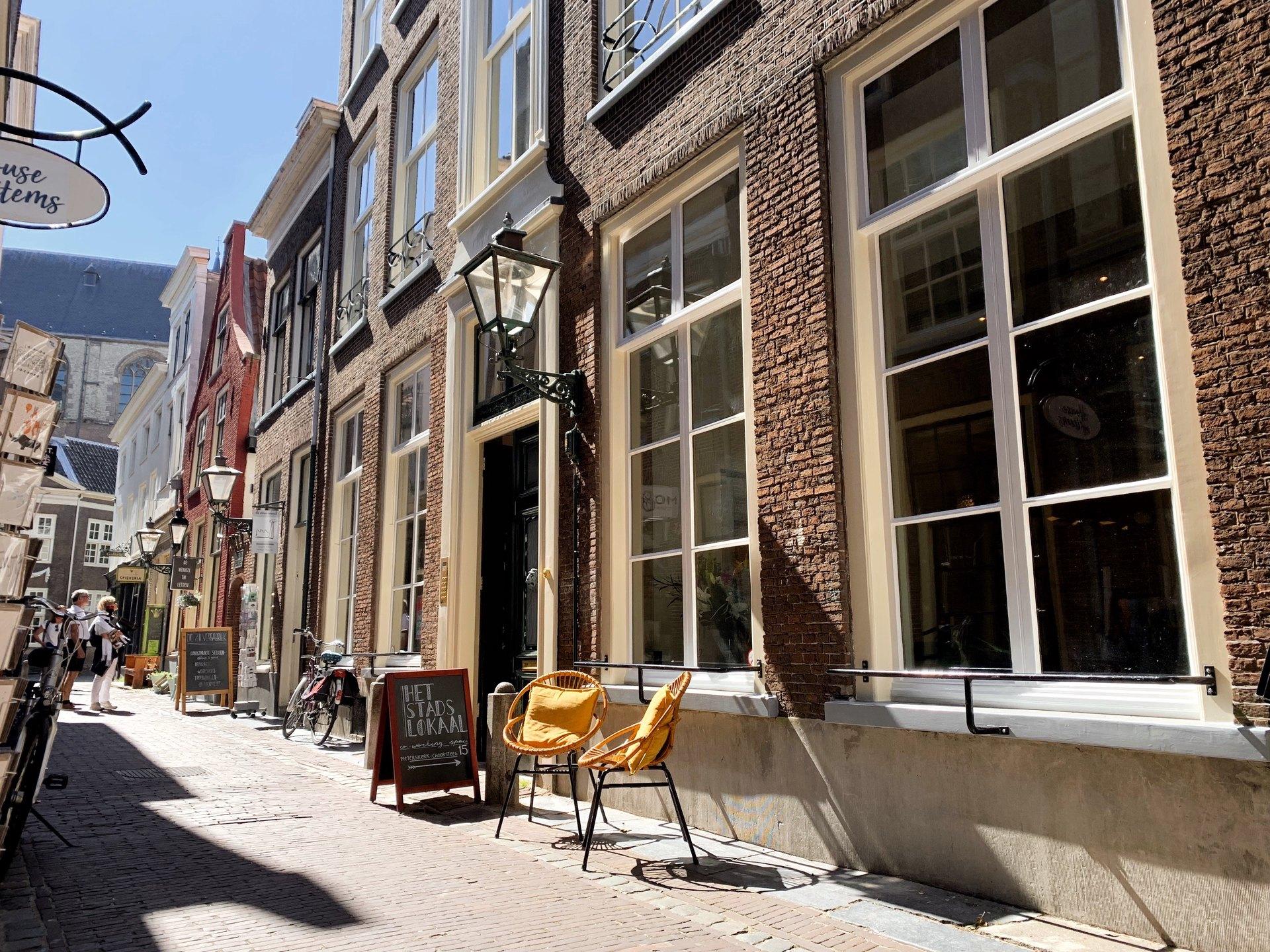 Het Stadslokaal Leiden Book Online Coworker
