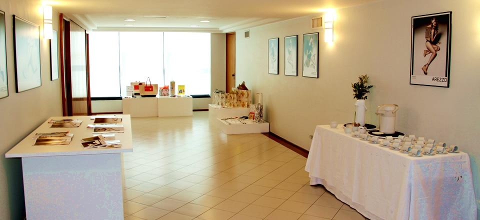 Coworking Offices: Área Externa - Hall do Auditório