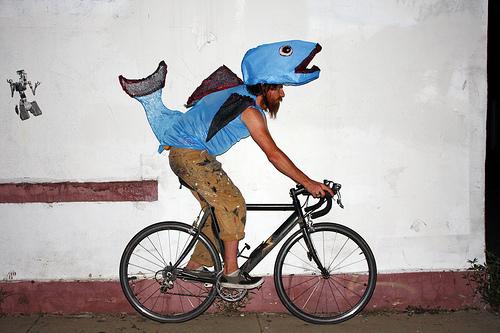 fish-on-bicycleviathescarletdogma
