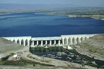 Pueblo Dam