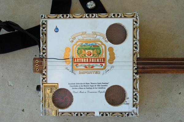 Building a 3-String Fretless Cigar Box Guitar