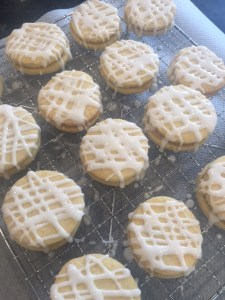 lemon kisses, lemon biscuits, cozebakes, lemon icing, lemons, recipes using lemons, biscuits, cookies