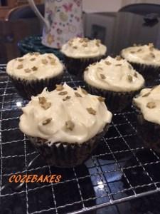 carrot cake, carrot cupcakes, cupcakes, cozebakes, cream cheese, cream cheese frosting