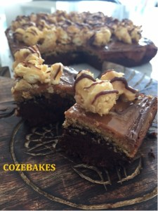 popcorn, caramel fudge brownie, brownies, Dr. Oetker, cozebakes, fudge brownie, carramel brownies, caramel popcorn