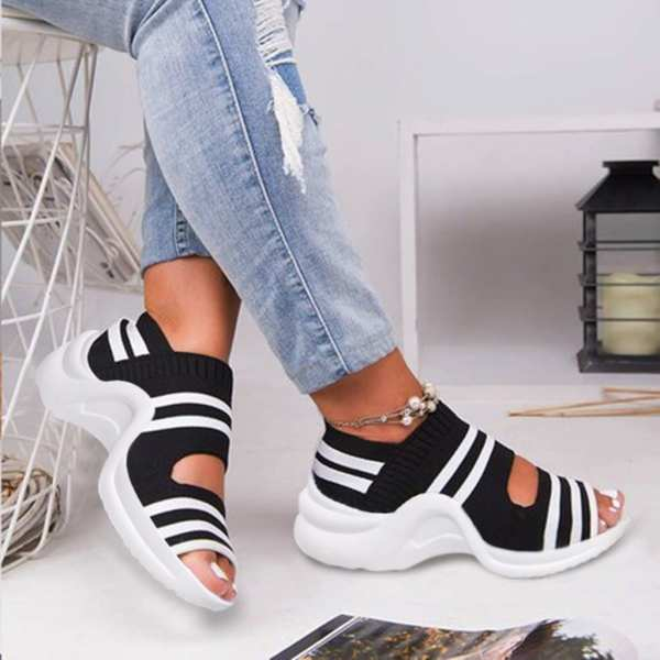 Black and white Striped Women sandals Flat Breathable Comfy Sandals Shoes Casual Shoes Soft Bottom Beach