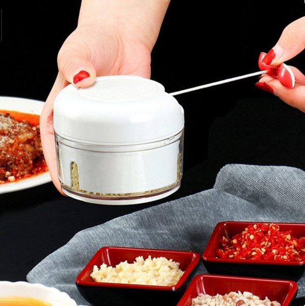 Mini Kitchen Garlic Press Vegetable Fruit Twist Shredder Manual Meat Grinder Chopper Garlic Cutter Ice Blender