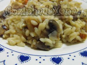 Como fazer arroz de cogumelos
