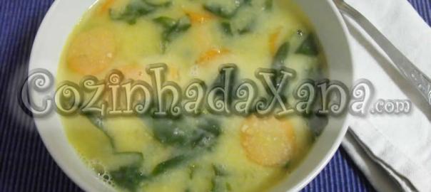Sopa de grão com espinafre