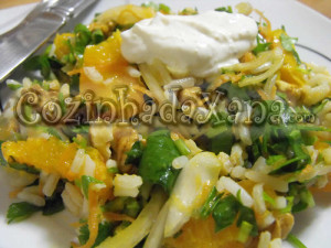 Salada de espinafre com arroz