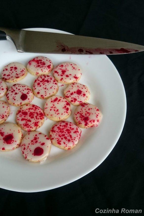 Biscoitos com sangue falso para o halloween