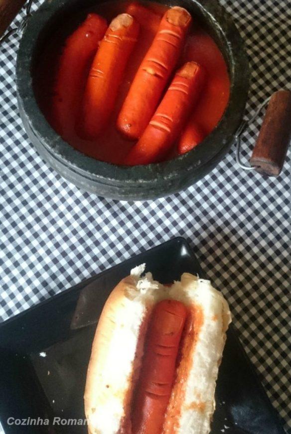 cachorro quente cortado em forma de dedo - halloween