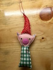 Pig ornament, inspired by the same artist, link below