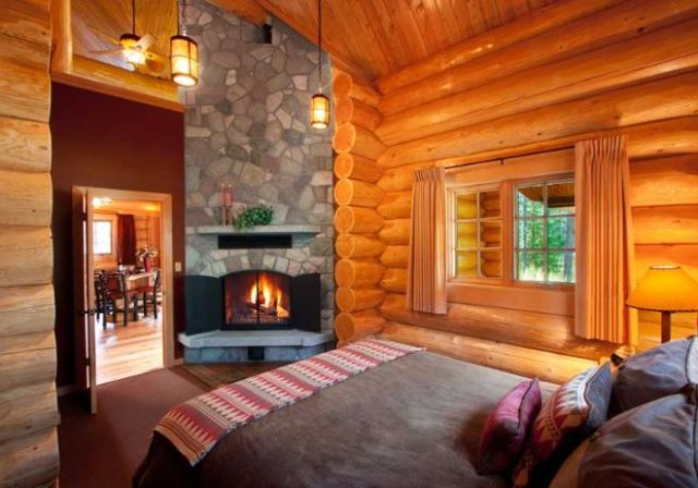 Jasper alpine resort cabin bedroom