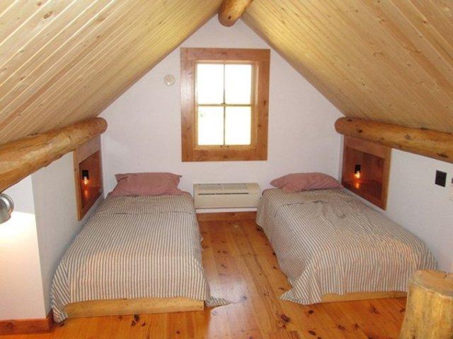 Montana log cabin loft