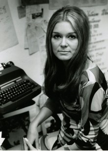 gloria type writer
