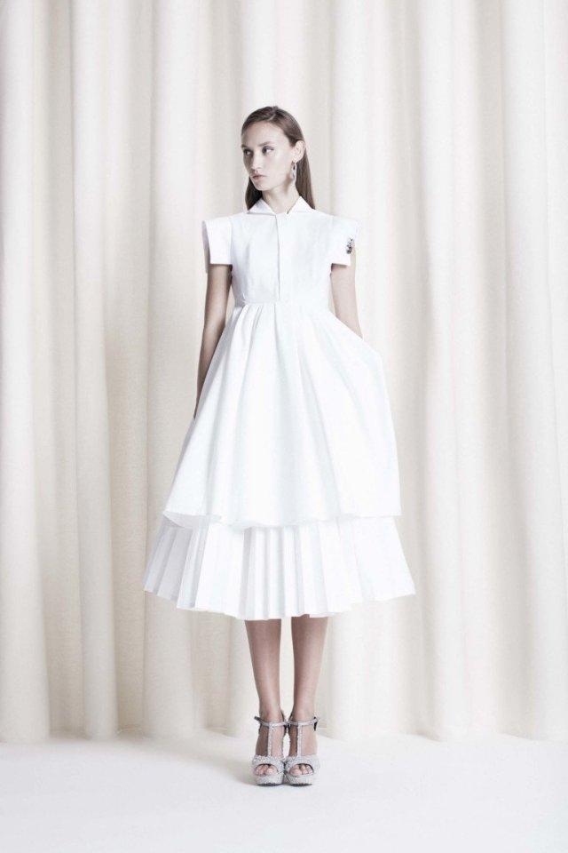 Белое платье. Dice Kayek