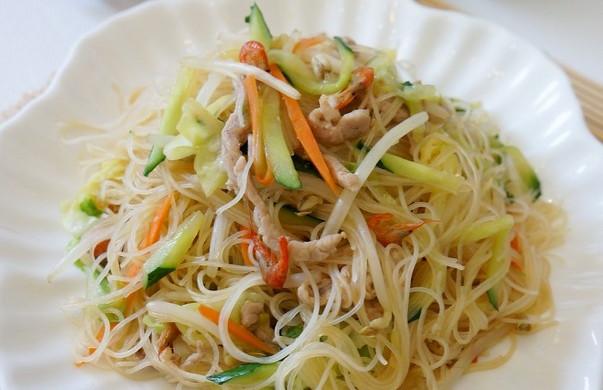 臺式炒米線怎么做_臺式炒米線的做法_米多小魚_豆果美食