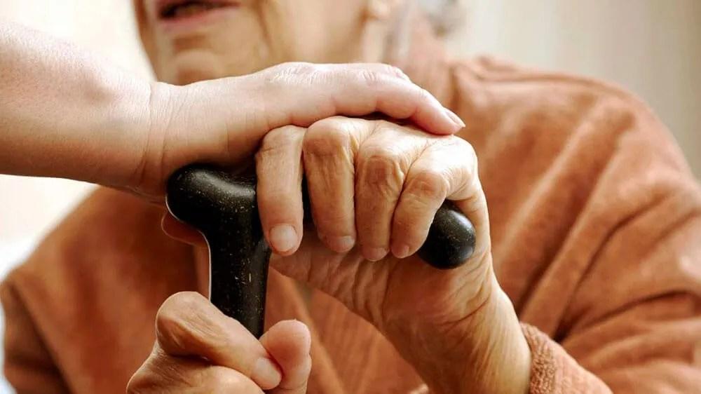 Aposentado que precisa de cuidador tem direito ao adicional de 25%