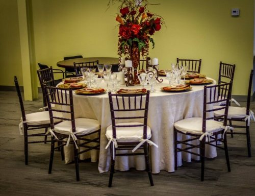 Showroom Table 2