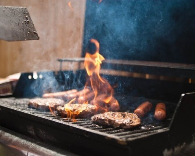 Couple's Only Valentine's Day Dinner Party Decór, Fall entertaining menu, Charcoal grill