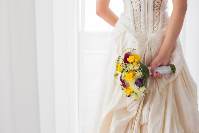 Classic bridal bouquet with splash of color