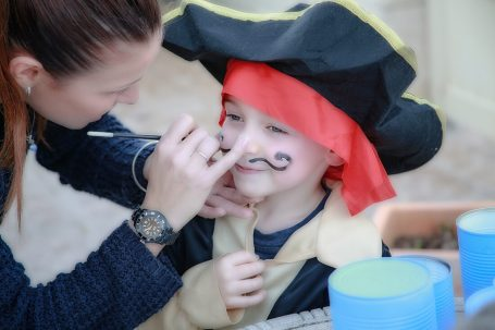 kid's makeup bday party