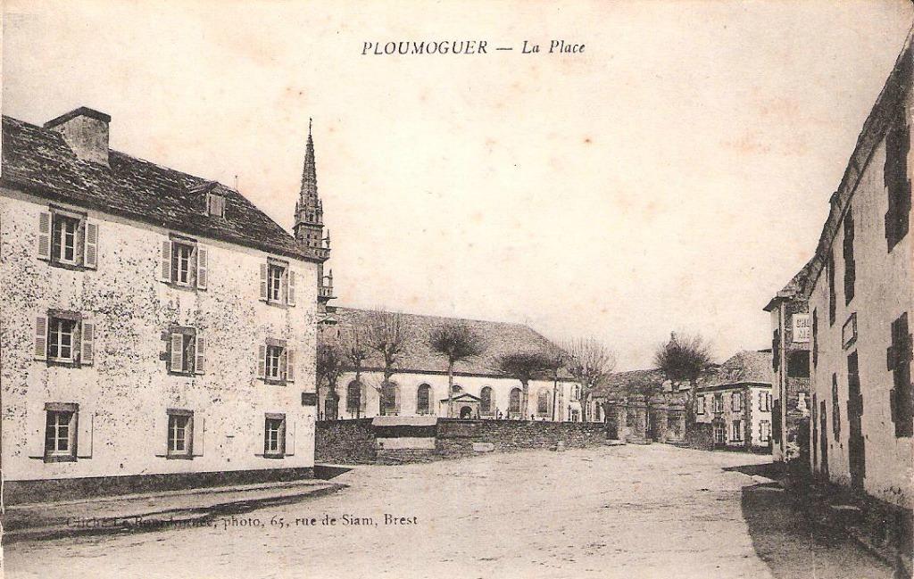 Ploumoguer - Place