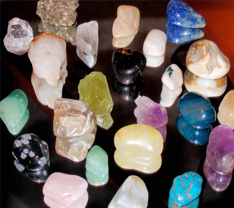 How To Use Healing Crystals Our Everyday Life