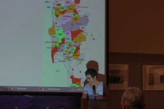 Bill Fulton talks Community Planning with Residents (8-21-13)